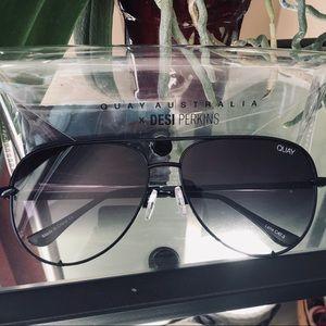 QUAY Australia Aviator Glasses